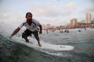 surfing-in-gaza